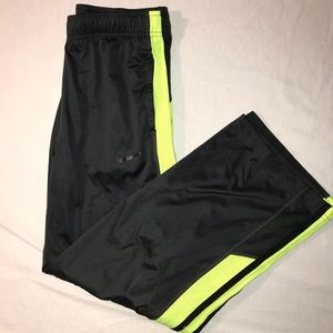 Boys Nike sweatpants